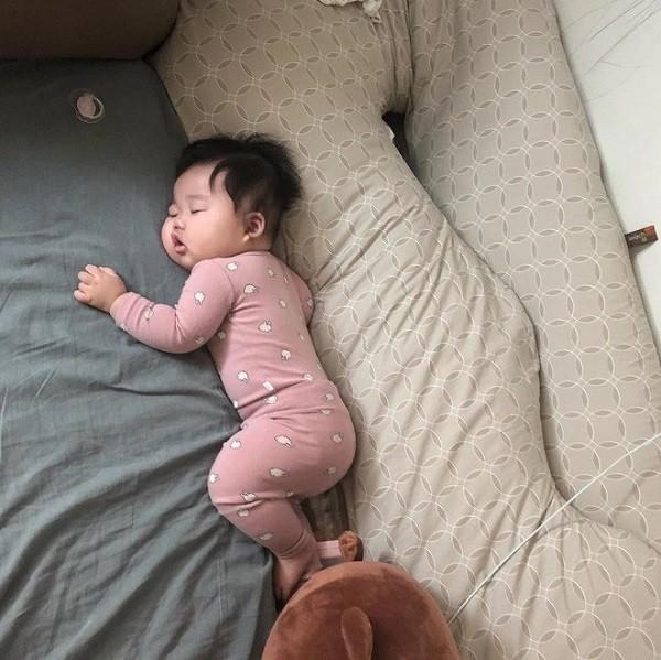 Nhân ngày cá tháng 4, bạn có thể di chuyển chỗ ngủ của em bé nhà mình - Ảnh 8