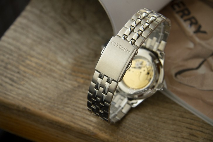 Đồng hồ Citizen NH7501-85A: Đẳng cấp với vẻ đẹp hoàn hảo - Ảnh 4