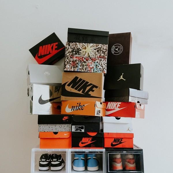 10 shop giày sneaker nam, nữ chính hãng uy tín nhất hiện nay - Ảnh: 16