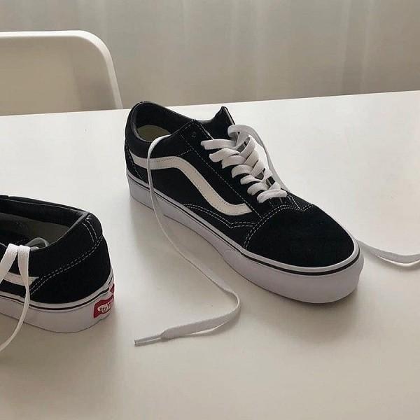 10 shop giày sneaker nam, nữ chính hãng uy tín nhất hiện nay - Ảnh: 18