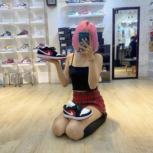10 shop giày sneaker nam, nữ chính hãng uy tín nhất hiện nay - Ảnh: 3