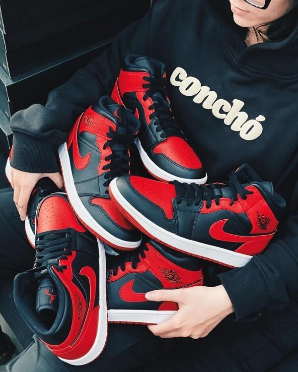 10 shop giày sneaker nam, nữ chính hãng uy tín nhất hiện nay - Ảnh: 8