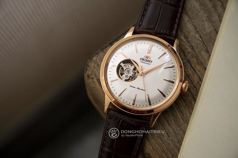 Thay kính sapphire dạng cong giúp đồng hồ hoàn thiện về mặt thẩm mỹ - Ảnh 4