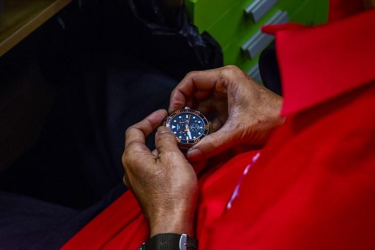 Cách sửa đồng hồ đeo tay nhanh chóng bằng 10 mẹo đơn giản - Ảnh: 12