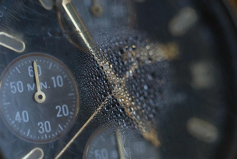 Cách sửa đồng hồ đeo tay nhanh chóng bằng 10 mẹo đơn giản - Ảnh: 6