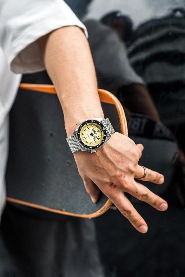 TOP 5 thương hiệu đồng hồ thể thao nam, nữ đáng mua nhất - Ảnh: 5