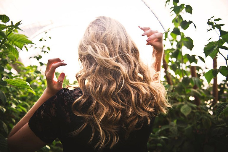 10 kiểu uốn đẹp và 10 nơi cắt tóc uốn nổi tiếng nhất Ảnh 10