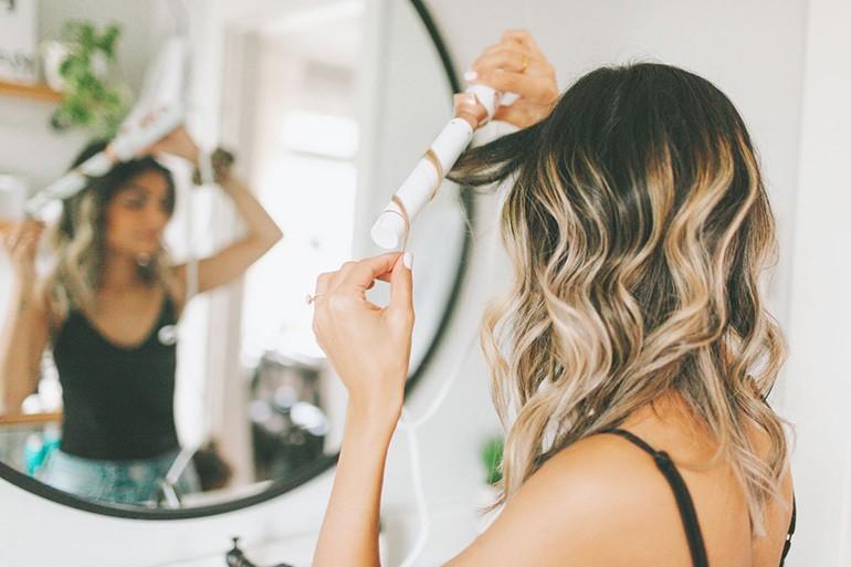 10 kiểu uốn đẹp và 10 nơi cắt tóc uốn nổi tiếng nhất Ảnh 2