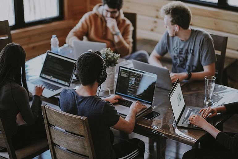 Phân biệt Copywriter và Content writer: Job nào ngon hơn? Ảnh 2