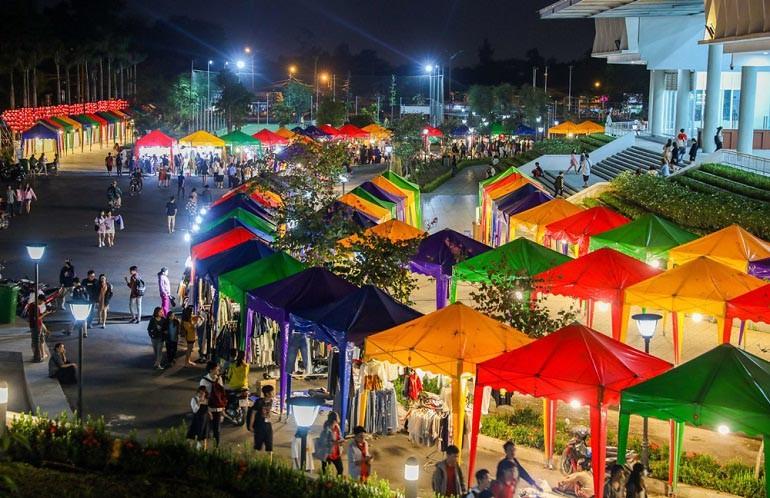 15 chợ đồ cũ nổi tiếng, lâu đời nhất tại Sài Gòn hiện nay - Ảnh: 16