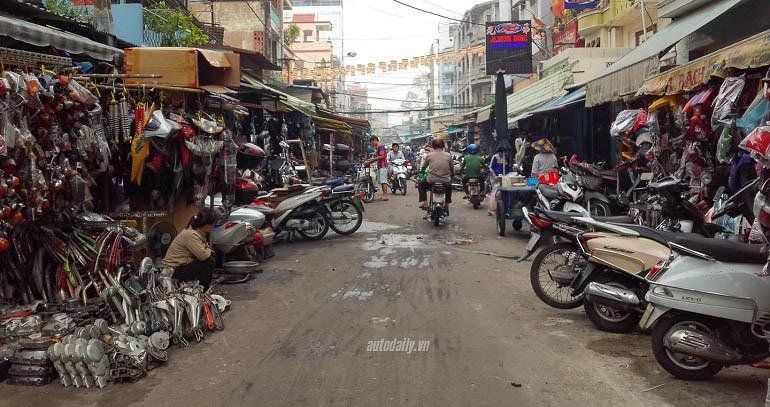 15 chợ đồ cũ nổi tiếng, lâu đời nhất tại Sài Gòn hiện nay - Ảnh: 7