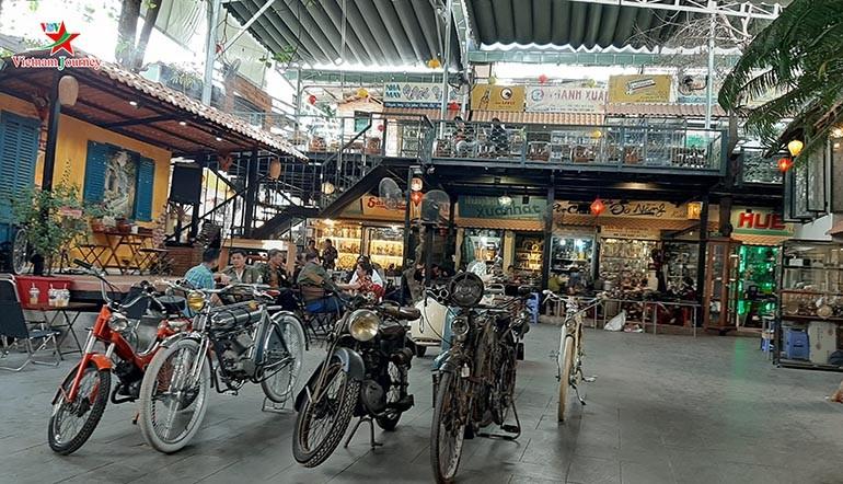 15 chợ đồ cũ nổi tiếng, lâu đời nhất tại Sài Gòn hiện nay - Ảnh: 8