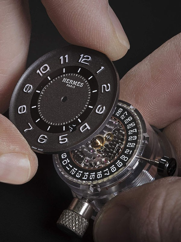 Đồng hồ Hermes giá bao nhiêu?