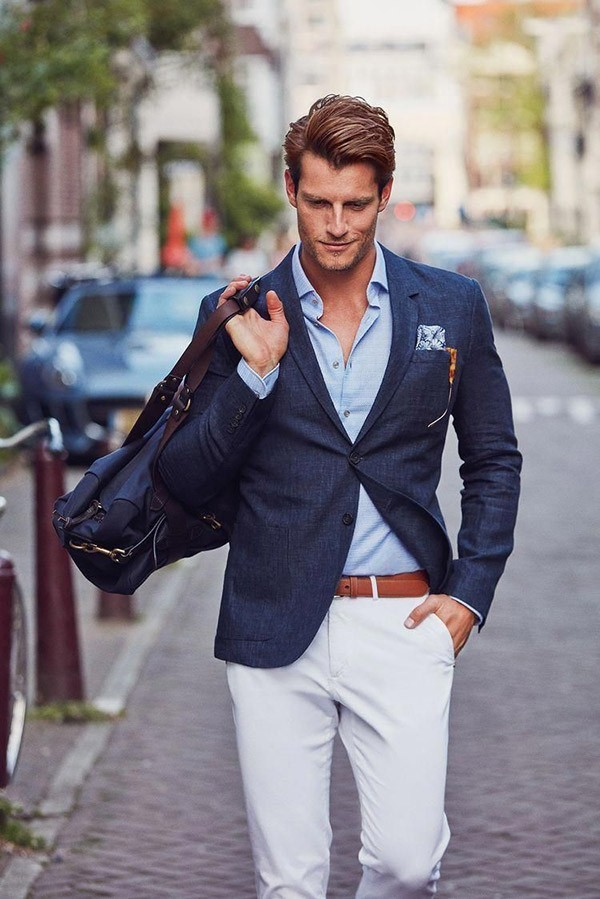 Áo blazer là gì? Năm nay còn hot không? Mua blazer ở đâu?