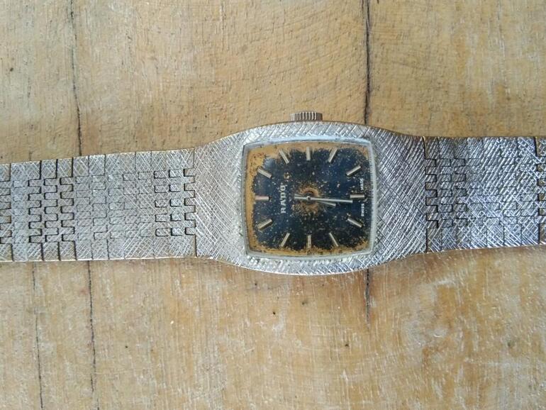 Đồng hồ Rado cổ mạ vàng: Giá, dòng sản phẩm nổi bật, cách phân biệt - Ảnh: 17