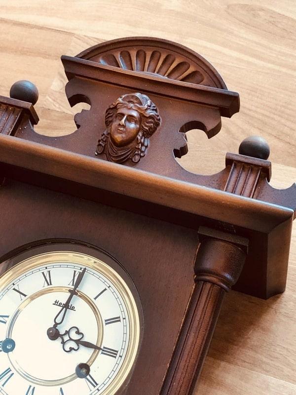 TOP 5 thương hiệu đồng hồ quả lắc tốt nhất trên thế giới - Ảnh: 13
